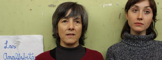 """""""Las Analfabetas"""": Educando a Ximena"""