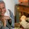 """Chileno que trabaja con Muhammad Yunus: """"Los empresarios no van a despedir trabajadores si aumenta..."""